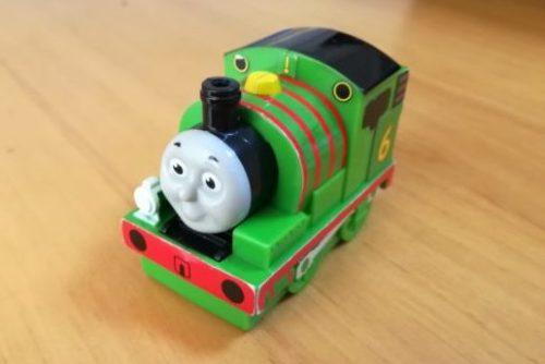 マクドナルドのハッピーセットのおもちゃ パーシー