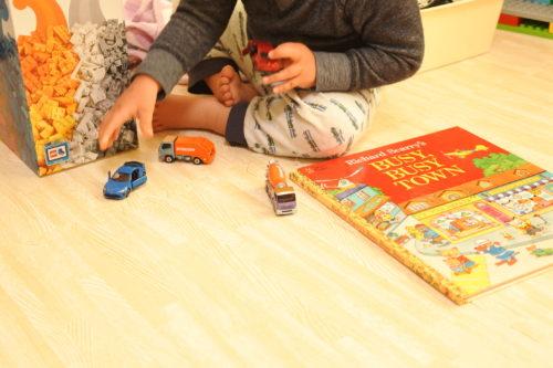 3歳のクリスマスプレゼント トミカ