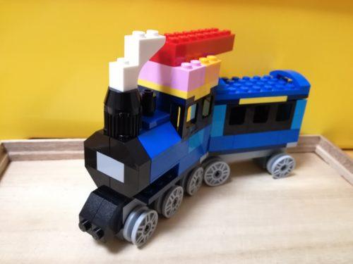 レゴクラシックで機関車